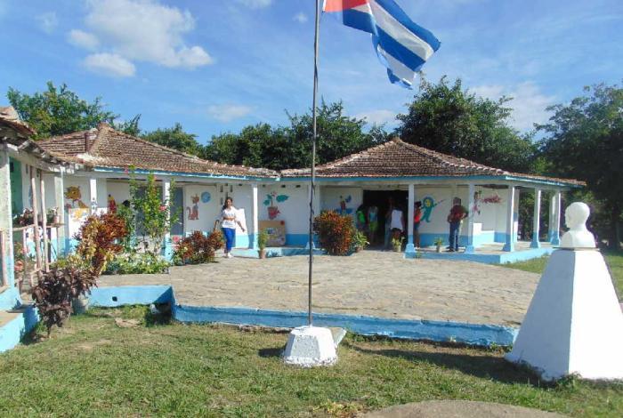 sancti spiritus, reparacion de centros educacionales, educacion, jatibonico