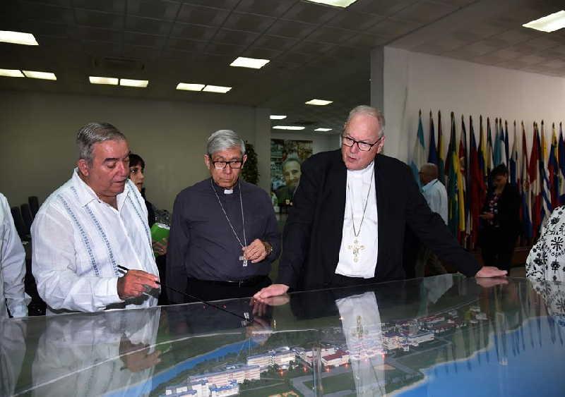 cuba, estados unidos, nueva york, cuba-religion, elam, escuela latinoamericana de medicina