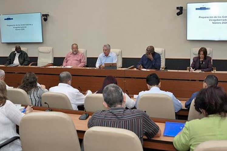 El presidente cubano convocó a los gobernadores al seguimiento de los planteamientos del pueblo. (Foto: PL)