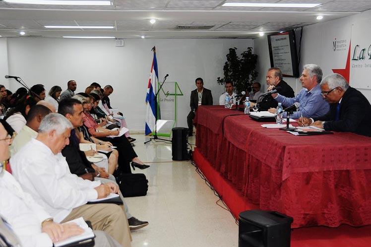 Díaz-Canel participó en el balance anual de Ministerio de Justicia,  junto al primer ministro Manuel Marrero. (Foto: PL)