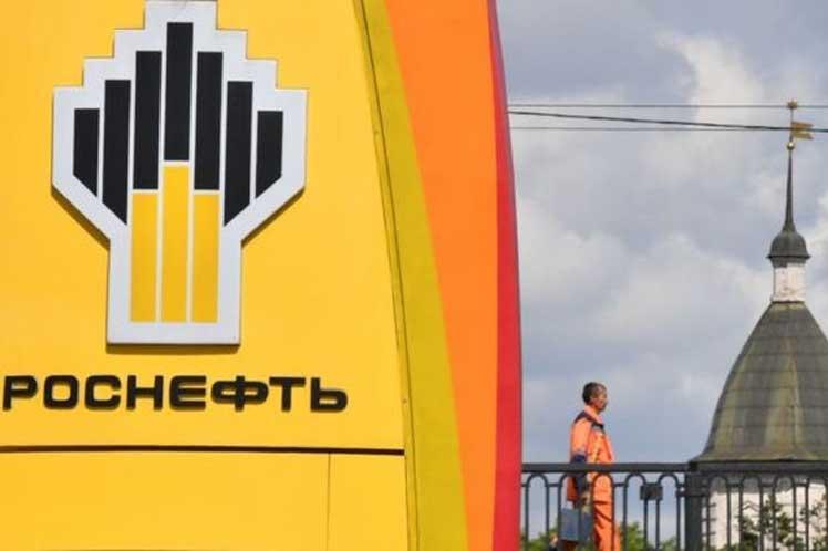 La Casa Blanca incluyó en su lista de sanciones relacionadas con Venezuela a la compañía suiza Rosneft Trading SA, filial de Rosneft. (foto: PL)