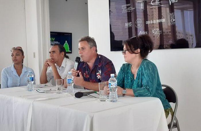 Conferencia-de-Prensa-festival primavera de la habana