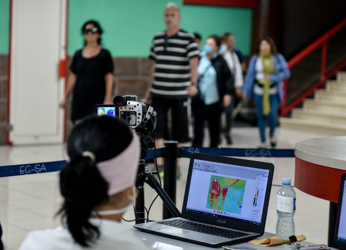 Cuba ha dotado de tecnología de punta a sus fronteras para el enfrentamiento a Covid-19. (Foto: Ariel Cecilio Lemus / Granma)