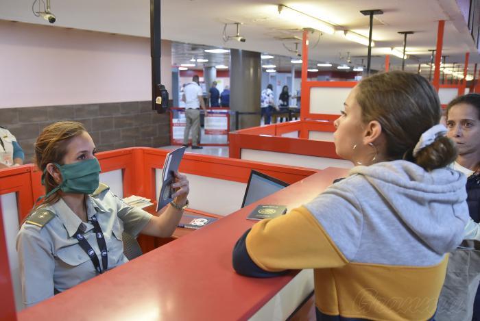 controles sanitarios en aeropuerto jose martí