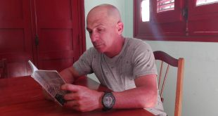 Literatura, Gustavo Ramos