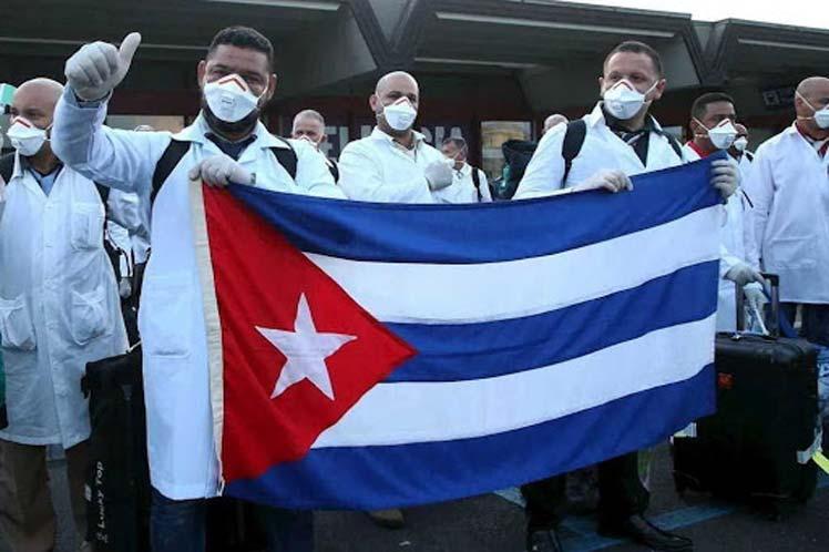 El mensaje califica de 'vergonzoso' que Cuba sea criticada por EE.UU. por enviar médicos capacitados a todo el mundo. (Foto: PL)