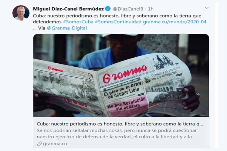 Díaz-Canel defendió el ejercicio de un periodismo apegado a los intereses de la nación. (Foto: PL)