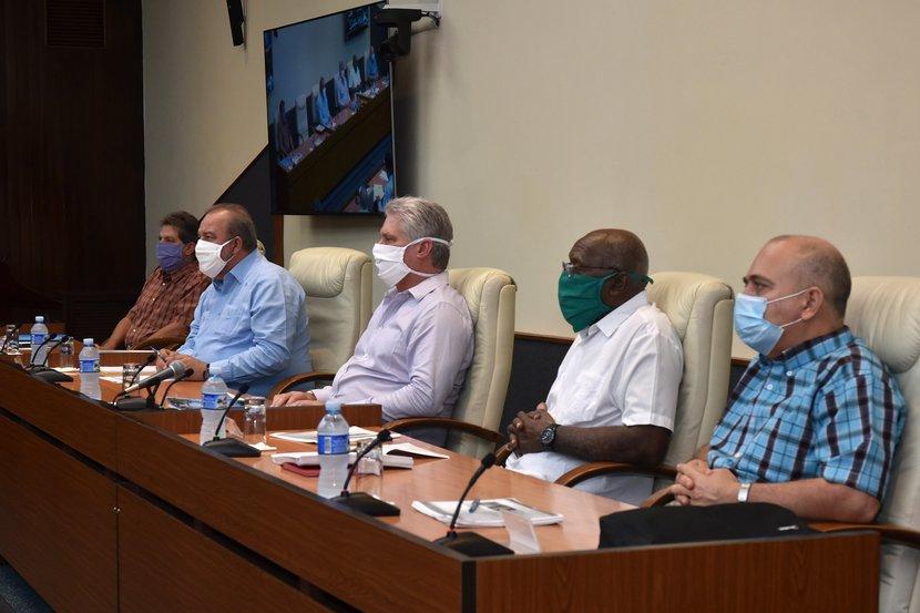 Díaz-Canel señaló que muchas de las medidas  correspondientes a esta etapa ya fueron adelantadas en la anterior fase  pre-epidémica. (Foto: Estudios Revolución)