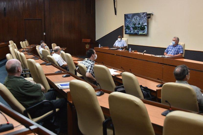 La dirección del país instó a mantener todas las medidas adoptadas para contener la pandemia. Foto: Estudios Revolución.