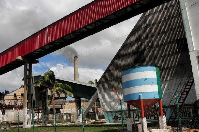 sancti spiritus, zafra azucarera, central uruguay,m central melanio hernandez