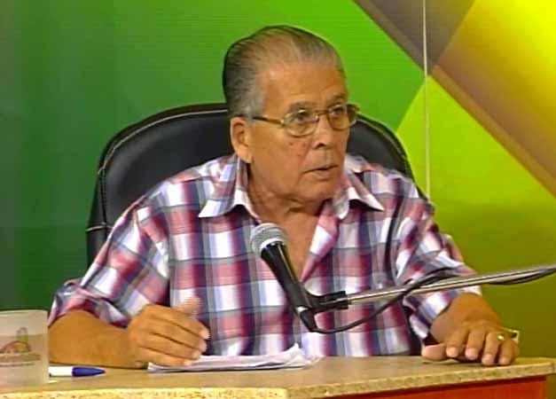 José Azcanio Ruiz, director de la Empresa Cárnica de Sancti Spíritus. (Foto: Tomada de Centrovisión)