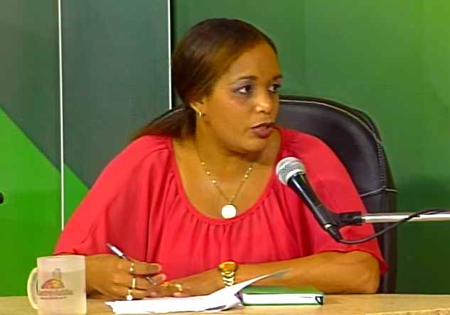 Mercedes Figueredo Boggiano, especialista del departamento de Registros de la Propiedad. (Foto: Tomada de Centrovisión)