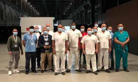 Enfermeros cubanos en Turín. (Foto: Enrique Ubieta)
