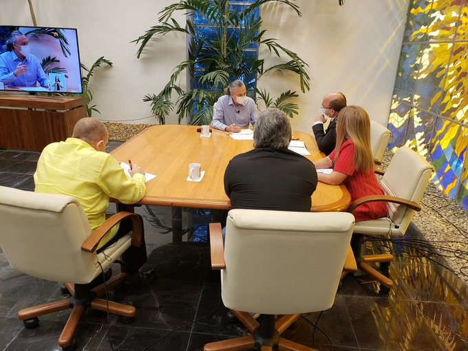 Directivos del ICRT explicaron acerca de la labor desarrollada por la radio y la televisión para colaborar en el enfrentamiento a la pandemia.
