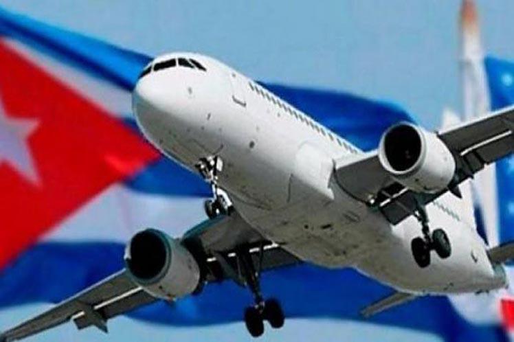 Los pasajeros que arribaron a La Habana procedentes de Miami  cumplieron un riguroso protocolo de seguridad.
