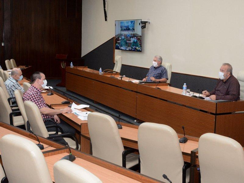 En el encuentro de este miércoles se reconoció a los profesionales de la enfermería. (Foto: Estudios Revolución)