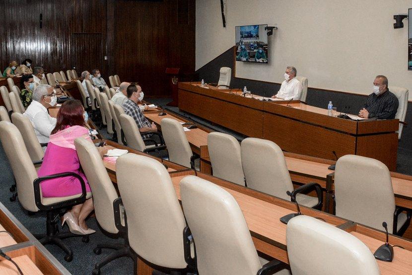 Trabajar bien la primera fase permitirá avanzar de manera segura y eficiente, afirmó Díaz-Canel. (Foto: Estudios Revolución)