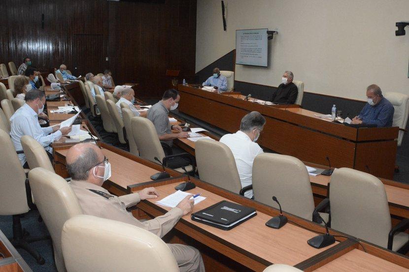 El presidente cubano subrayó que es necesario mantener la disciplina y la responsabilidad para no perder lo alcanzado. (Foto: Estudios Revolución)
