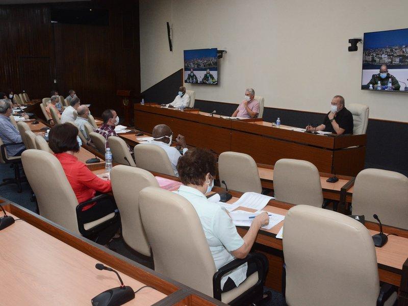 Al comportamiento de la  enfermedad en La Habana estuvo dedicado buena parte del encuentro de este lunes. (Foto: Estudios Revolución)