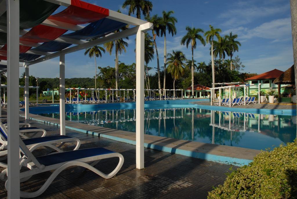 Las piscinas de las instalaciones turísticas operarán al 50 por ciento de su capacidad.