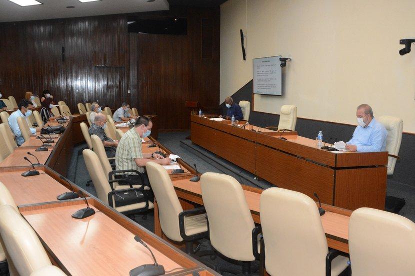 El ministro de Salud Pública confirmó que continúan abiertos solo dos eventos de transmisión local. (Foto: Estudios Revolución)