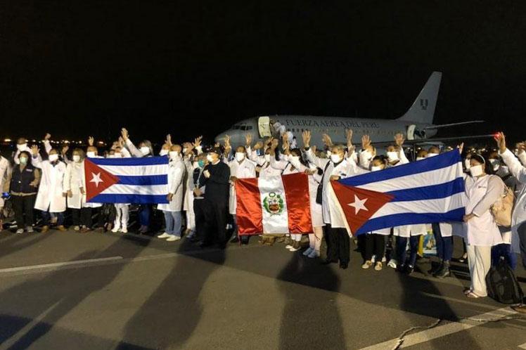 La brigada está conformada por 85 trabajadores de la salud. (Foto: PL)