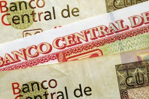 La estrategia aplicada por el Banco Central de Cuba se erige sobre la base de las  políticas monetaria, cambiaria y crediticia. (Foto: tomada de Cuba-capacity)