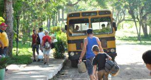 sancti spiritus, transporte escolares, verano, etapa estival, playa, recuperacion post covid-19 en cuba