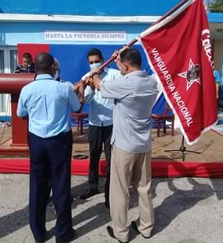 El ministro de Transporte entregó al colectivo la bandera de Vanguardia Nacional, distinción que alcanza por primera vez.