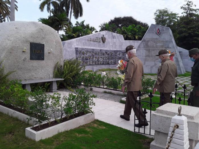 santiago de cuba, 26 de julio, asalto al cuartel moncada, raul castro, miguel diaz-canel, cementerio santa ifigenia