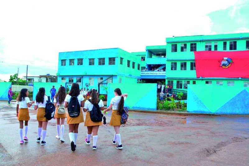 Más de 450 instituciones educacionales abrirán sus puertas bajo estrictas medidas higiénico-sanitarias. (Foto: Vicnte Brito / Escambray)