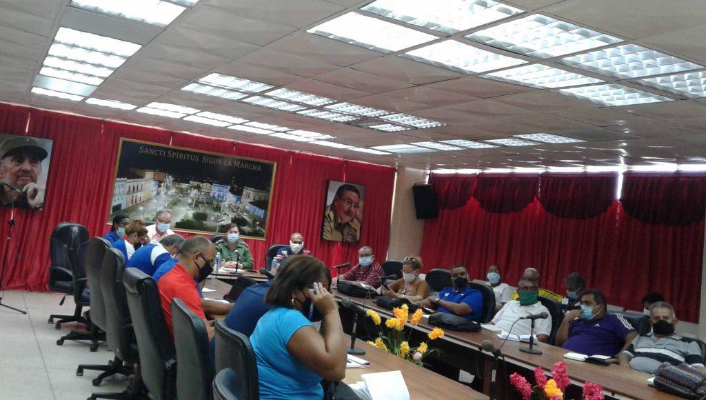 En el encuentro con la máxima dirección del Inder se evaluaron los resultados integrales del territorio. (Foto: Elsa Ramos)