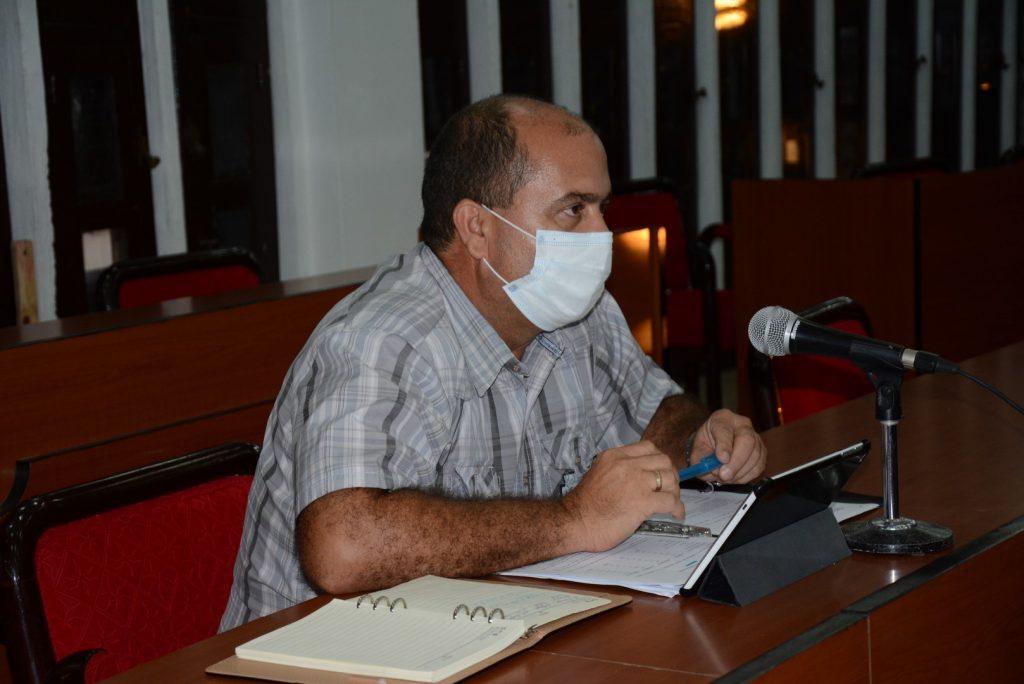 Andrei Armas, director provincial de Educación, informó acerca de la situación de su sector en el contexto del rebrote en el territorio.