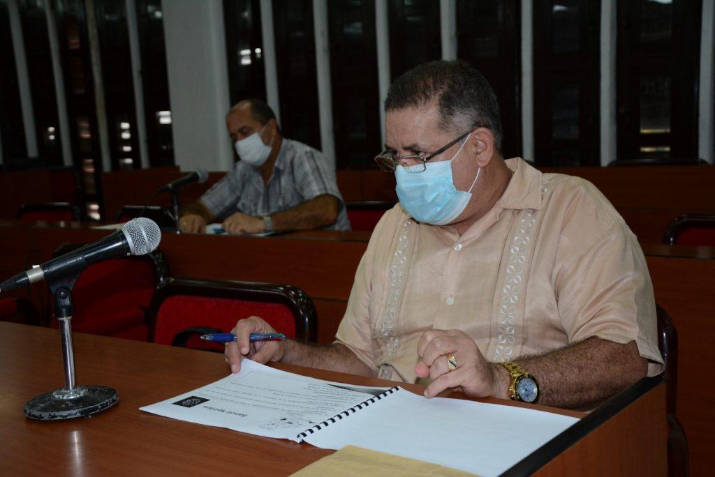 El Dr. Manuel Rivero, director provincial de Salud, actualizó acerca del comportamiento de la pandemia en el territorio.