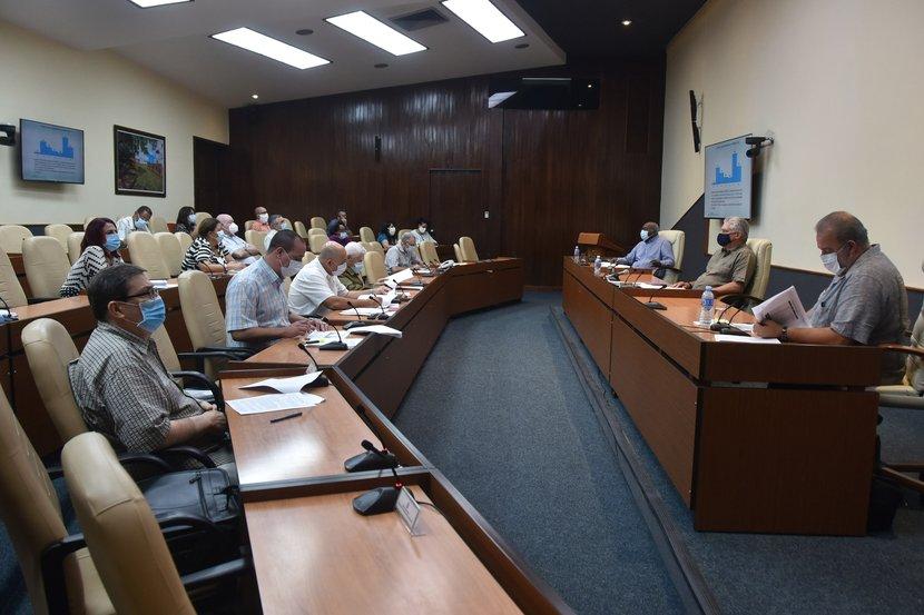 La Habana y Ciego de Ávila concentran el 80% de los nuevos casos reportados en Cuba en la última semana, se informó en el encuentro de este lunes. (Foto: Estudios Revolución)