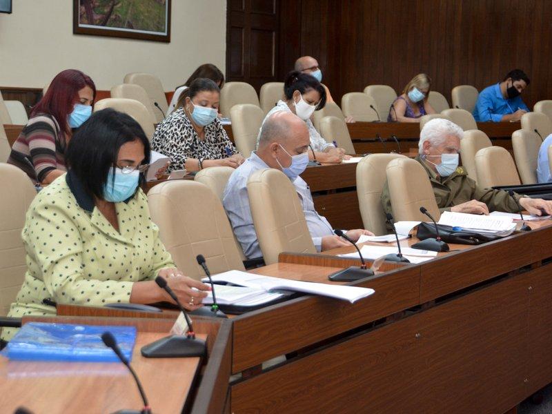 Cuba continúa poniendo todo su empeño en seguir salvando vidas y  controlar la transmisión de la enfermedad. (Foto: Estudios Revolución)