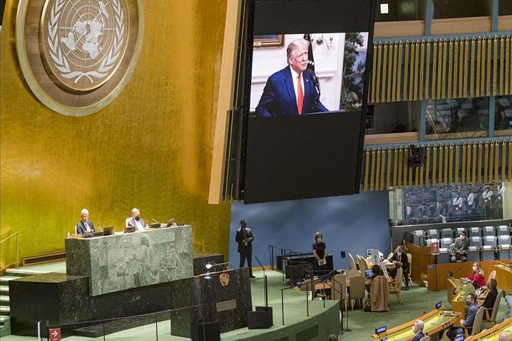 Trump aprovechó la ocasión para atacar a China y a la OMS por la pandemia de la COVID-19. (Foto: PL)