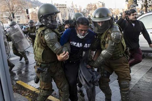 chile, protestas, manifestaciones, caravineros