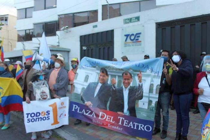 ecuador, revolucion ciudadana, partido centro democratico