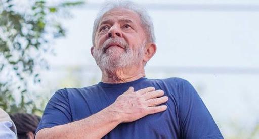 El exmandatario celebró este martes su cumpleaños entre muestras de afecto llegadas de todo el mundo y la presión del Poder Judicial de Brasil. (Foto: PL)