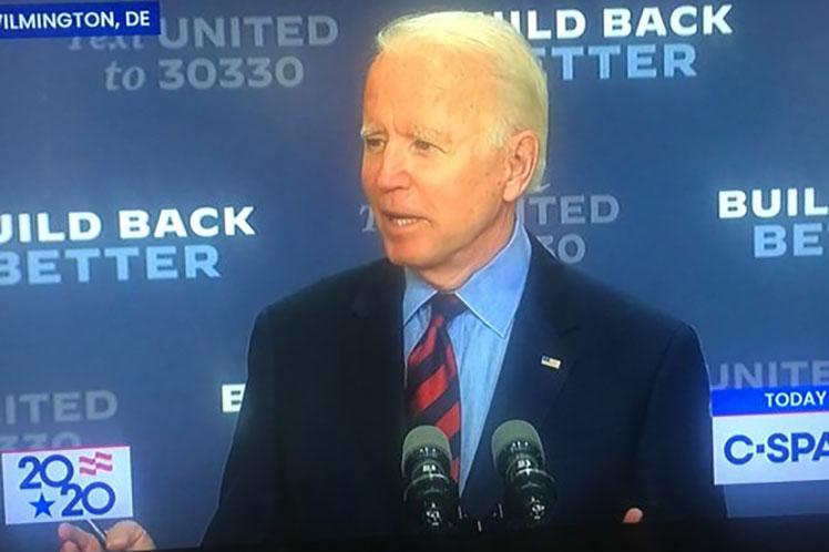 El aspirante demócrata a la Casa Blanca busca ganar un mayor apoyo entre los votantes latinos en la Flirda. (Foto: PL)