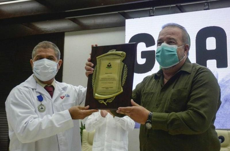 cuba, contingente henry reeve, medicos cubanos, covid-19, panedmia mundial, primer ministro de cuba, manuel marrero cruz