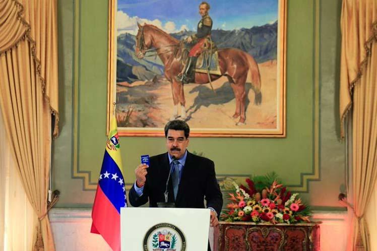 El presidente venezolano desmintió supuestos contactos con cualquiera de los candidatos presidenciales de EE.UU. en vísperas de las elecciones. (Foto: PL)