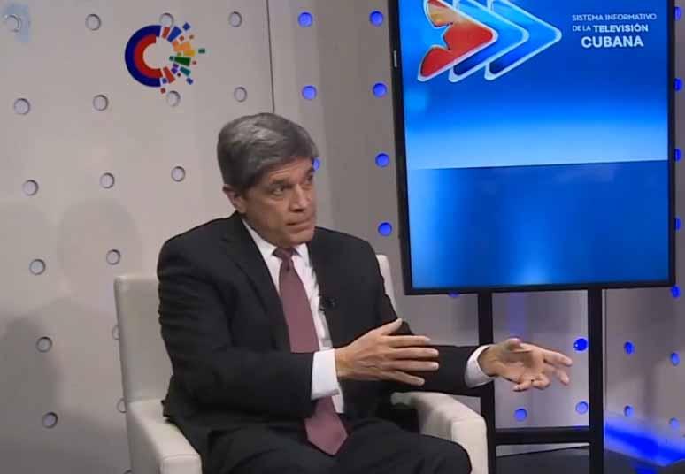 Fernández de Cossio denunció la presencia de Zúñiga-Brown en varias oportunidades en San Isidro. (Foto: Captada de la Televisión Cubana)