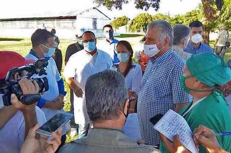 Díaz-Canel desarrolló una amplia agenda de trabajo en el municipio especial Isla de la Juventud. (Foto: PL)