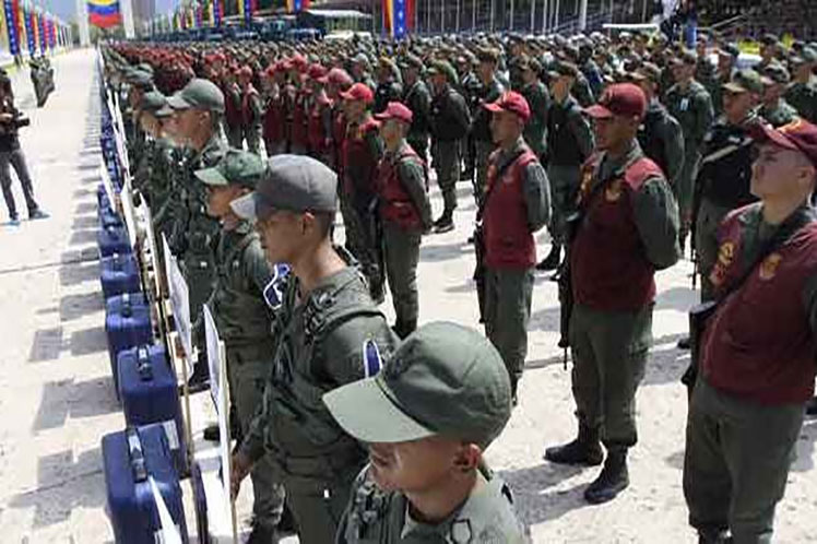Unos 400 mil efectivos de la Fuerza Armada Nacional Bolivariana velarán por la paz ciudadana en las elecciones venezolanas. (Foto: PL)