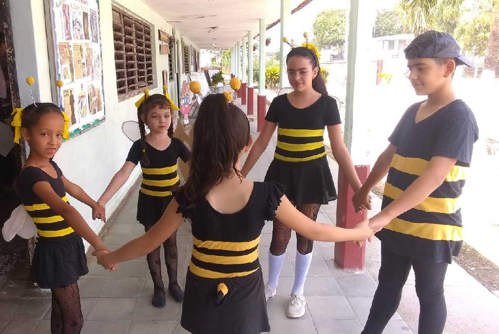 La Colmenita de Jarahueca acoge a cerca de 40 niños de la Escuela primaria Mariana Grajales.