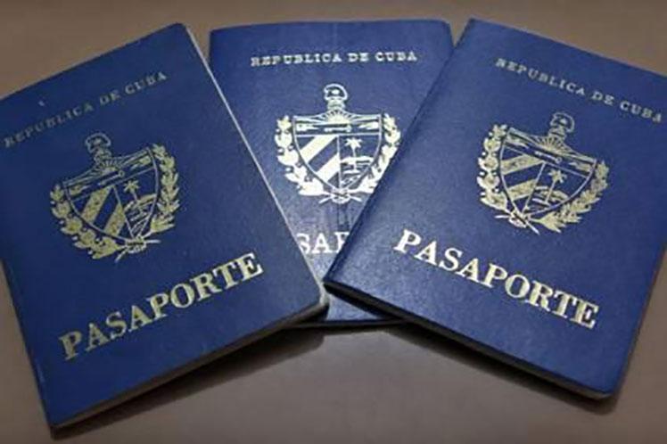 Se espera que la medida contribuya a facilitar la entrada al país de los nacionales que no han podido retornar a sus hogares. (Foto: PL)