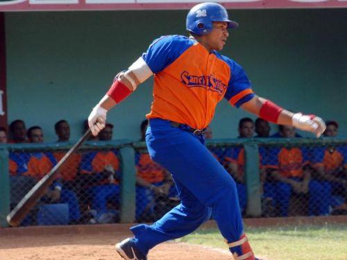 Frederich Cepeda resultó el bateador más destacado del choque. (Foto: ACN)