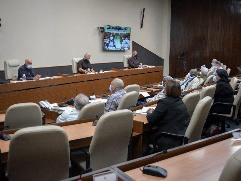 En el encuentro se reconoció que el territorio cumple con los indicadores sanitarios correspondientes para la referida fase. (Foto: Estudios Revolución)